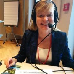 Tanja Praske bei der Podcast-Aufnahme. Foto: Tine Nowak